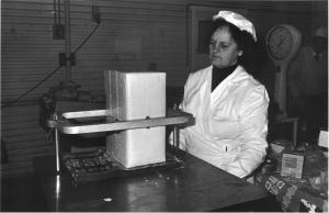 Cheese cutting & packaging Doreen Lafferty 1980